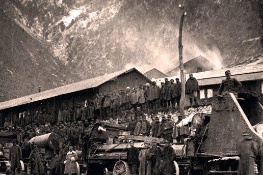Traino di un obice 280 in Val d'Ampola